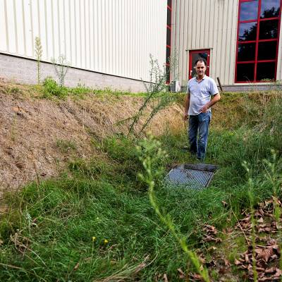 Schoon water de grond in